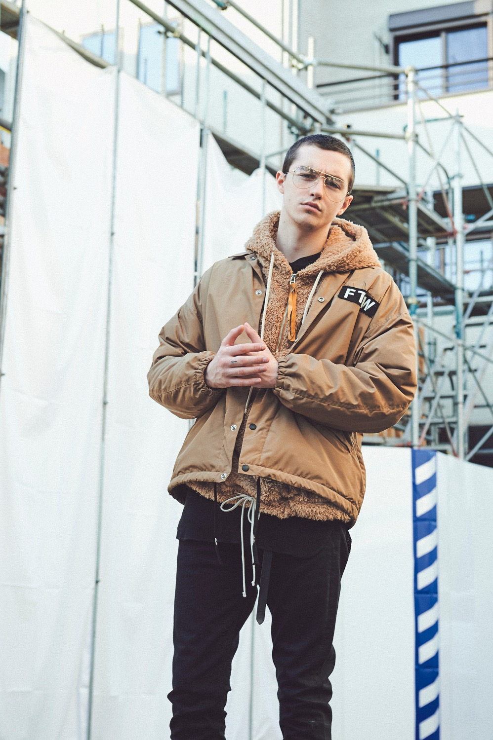 CH18AW LOOK 1