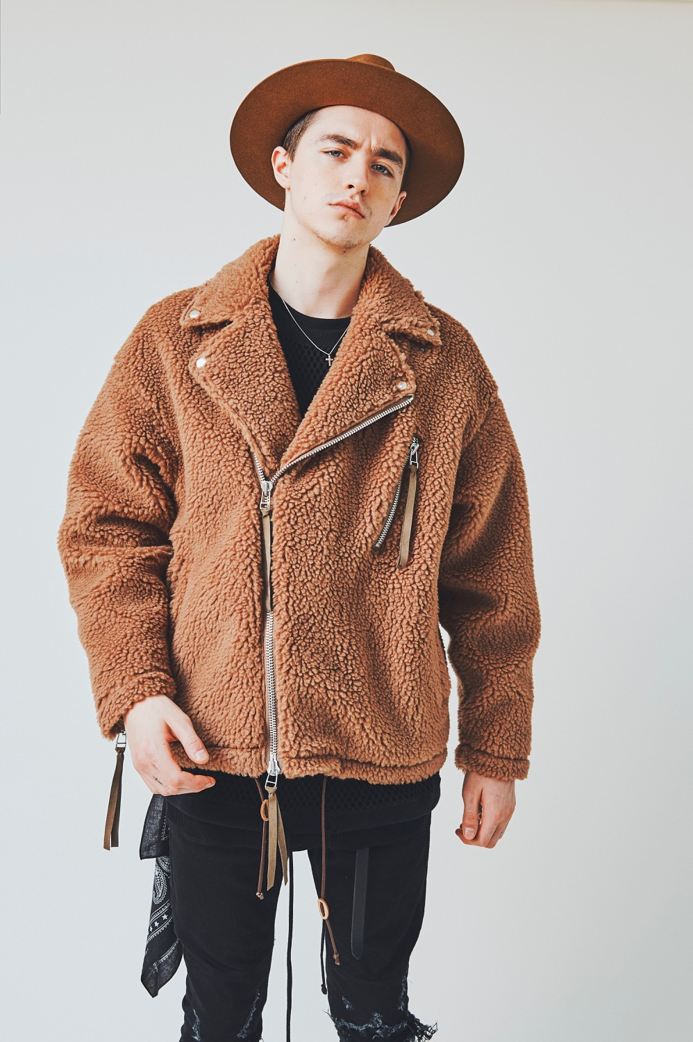 CH18AW LOOK 5